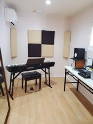 モダンスタジオ